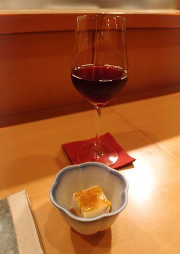 Toshi_glass