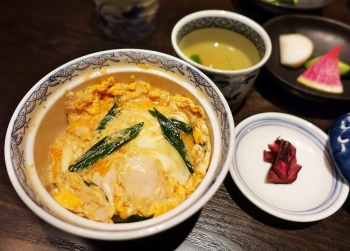 Kuniyoshi_oyakodon01